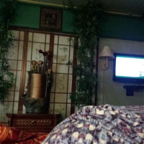 kew motor inn rooms kew motor inn 56 photos 18 reviews hotels 13901 grand central pkwy hillcrest jamaica