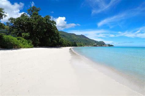 Kitchen Island With Seating Villa Chateau Elysium Beau Vallon Seychelles Booking Com