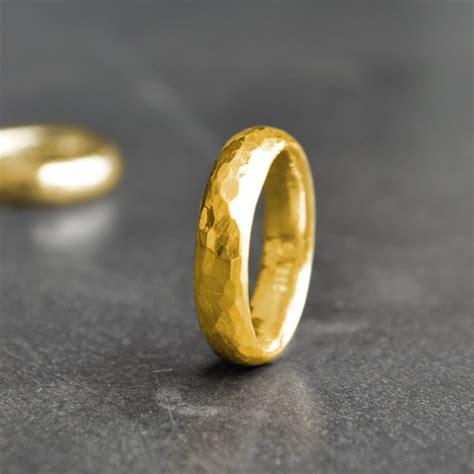 Eheringe Klassisch by Pureform Klassische Eheringe Partnerringe Gold 999