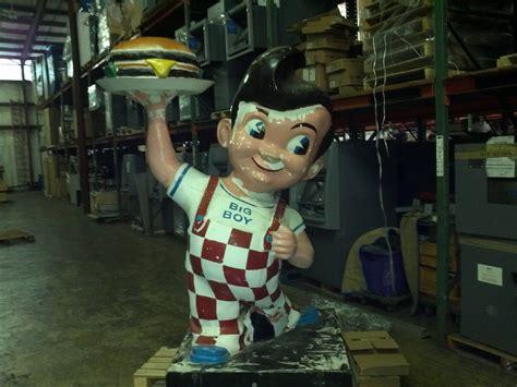 vintage bobs big boy statue obnoxious antiques
