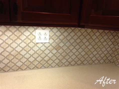 arabesque lantern tile backsplash tiling