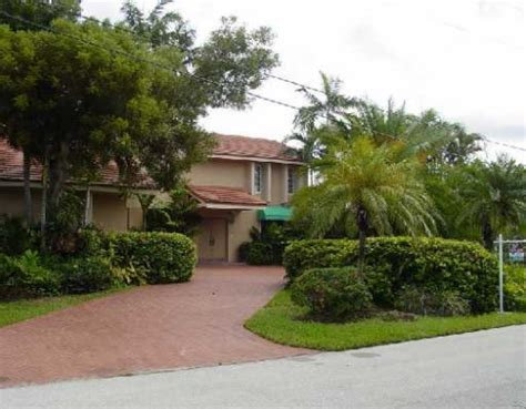 miami houses for rent eastern shores miami homes for rent miami real estate
