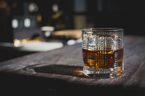 old fashioned drink recipe classic crown royal crown royal crown royal reserve whisky on the rocks