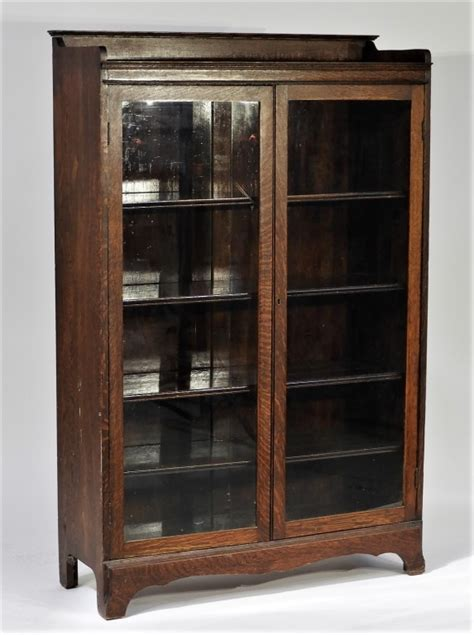 early 20c american mahogany glass door bookcase