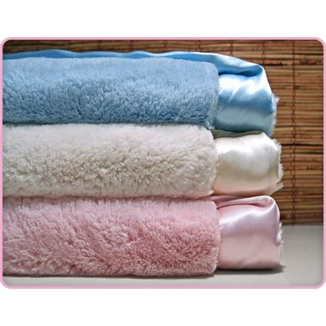 fuzzy bed sheets best 25 fuzzy blanket ideas only on pinterest fluffy