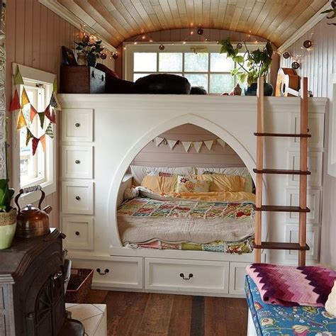 tiny house bed ideas best 25 inside tiny houses ideas on pinterest mini homes building a tiny house and
