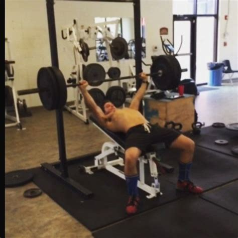 slight incline bench press 1000 images about training sessions on pinterest