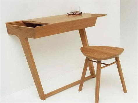 Small Wood Desk 17 Best Images About Home Office On Pink Closet Home Office Design And Small Spaces
