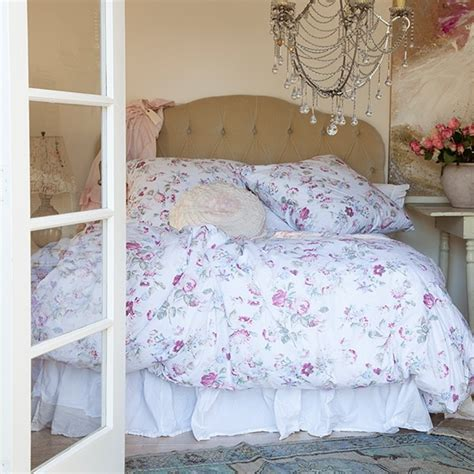 rachel ashwell shabby chic bedding 1000 images about rachel ashwell shabby chic on pinterest
