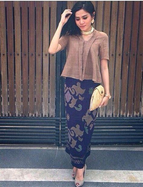 Batik Rok Blus Princes Kencana Sogan 301 best images about kebaya batik on sarongs batik blazer and boleros