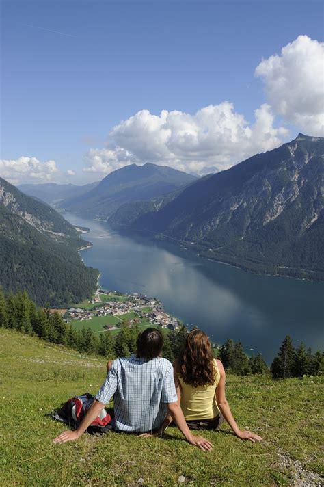urlaub alpen österreich romantikhotel in den bergen weihnachten in den bergen