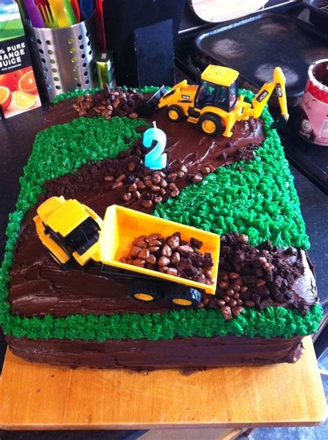 construction 2nd birthday cake toms birthday cake 2nd boy birthday digger cake for the