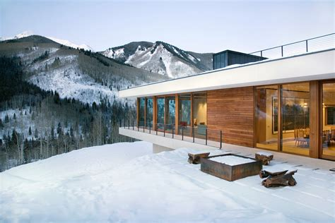 Linear Mountain House Of Wood Glass And Chalet Charm Design A Mountain House