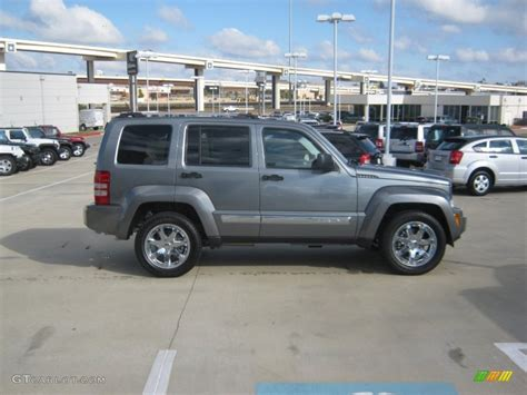 jeep liberty 2015 grey get last automotive article 2015 lincoln mkc makes its