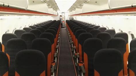aerei easyjet interni sino alla mondo con easyjet dal terminal