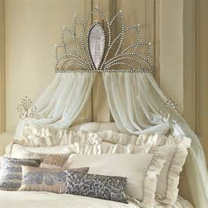 crown decor for bedroom best 25 bed crown ideas on pinterest princess beds for