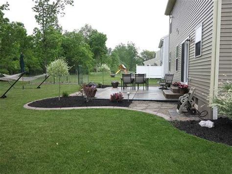backyard sted concrete patio ideas 1000 id 233 es sur le th 232 me am 233 nagement paysager autour des