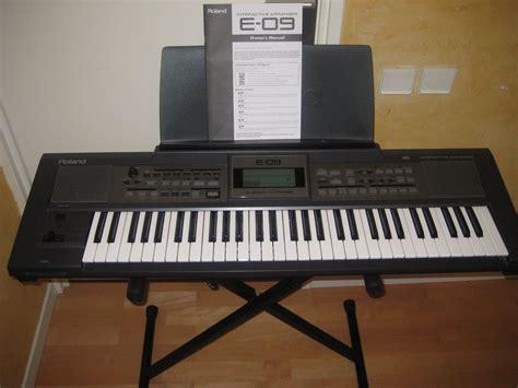 Keyboard Roland E09 Baru roland e 09 image 216716 audiofanzine