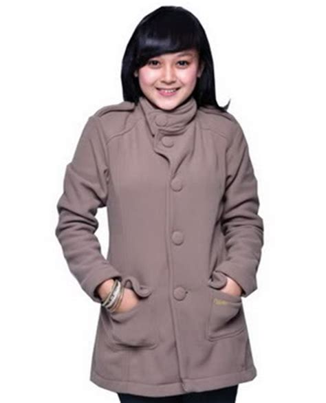 Jaket Cewek Modismerah Marun tren model jaket terbaru wanita info tren baju terbaru di indonesia