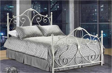 White Iron Beds by White Wrought Iron Bed Frame Interior Design Ideas