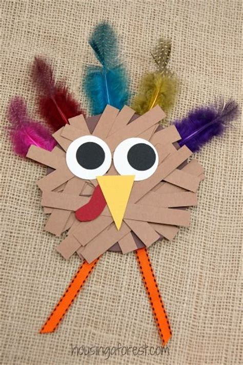 craft with paper strips thanksgiving crafts for paper turkey