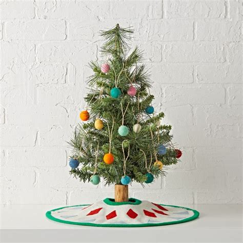 where to buy constructuve christmass wal paer best 25 desktop tree ideas on buy tree two trees and