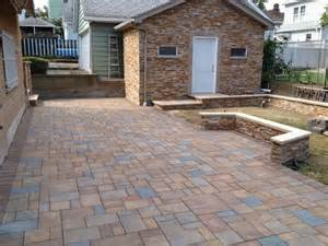 18x18 pavers for patio cambridge pavingstones the sherwood collection 3 pc