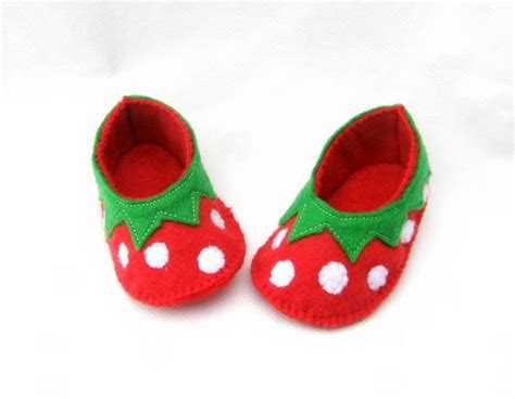 plusheez slippers baby booties strawberries and felt baby on