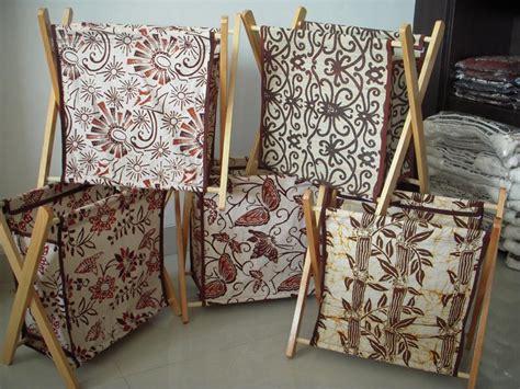Desain Tempat Majalah   tempat majalah batik tm03 jual gorden tenun gorden