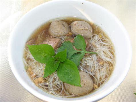 modern thai food thai beef noodle soup