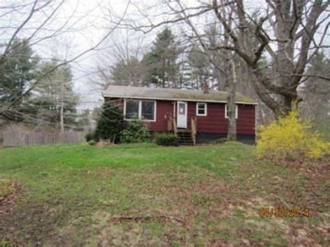 houses for rent in hudson nh 10 rega st hudson nh 03051 reo home details foreclosure homes free