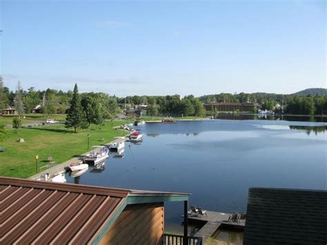 view from balcony picture of pine knoll lodge cabins