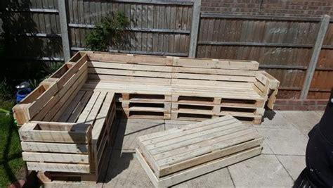 pallet corner sofa pallet corner sofa with coffee table pallet furniture diy