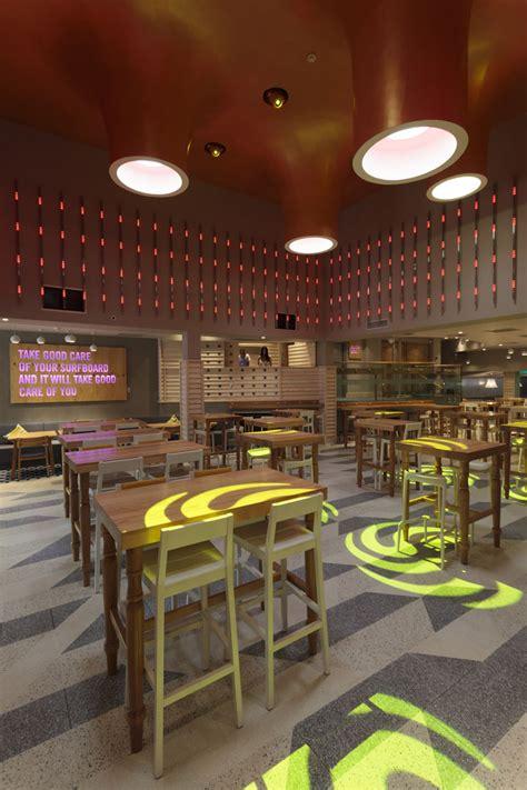 desain interior cafe cribbar surf bar by absolute newquay uk 187 retail design