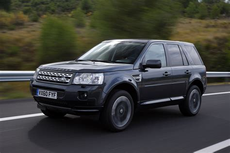 how to learn everything about cars 2011 land rover range rover sport head up display 2011 land rover freelander 2 hd pictures carsinvasion com