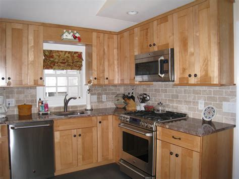 pictures of backsplashes for kitchens tile backsplashes