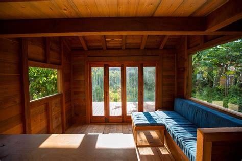 artist builds gorgeous  sqft house