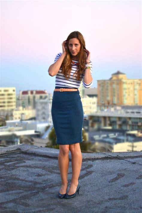 teal high waist pencil skirt contrast color belt to