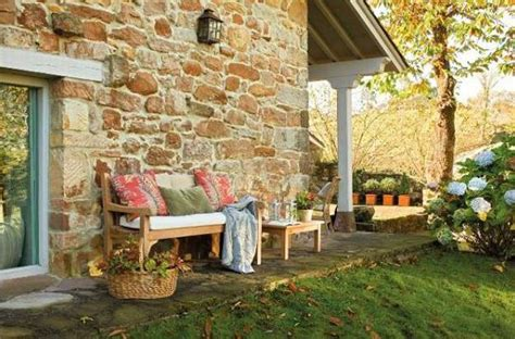 outside home decor cottage style decor and outdoor home decorating ideas