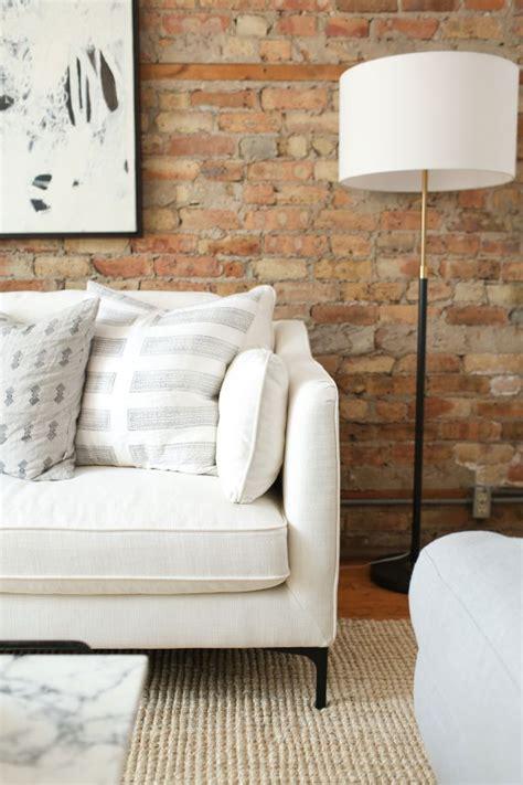 White Throws For Sofas by Best 25 Sofa Throw Ideas On Black Sofa Set