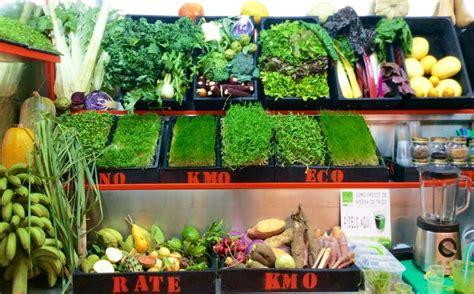 imagenes mercados verdes productos ecol 243 gicos frutas de temporada y batidos verdes