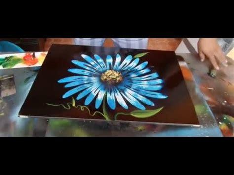 spray paint jimenez flor margaritas spray paint