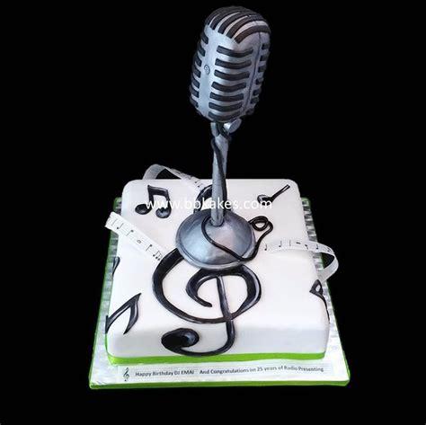 Old Skool Microphone Cake By Bbkakes Cake Birthdaycake Musiccake Dj Djcake Radiopresenter Microphone Cake Template