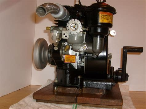 doodlebug jet engine briggs stratton 1 antique vintage briggs stratton