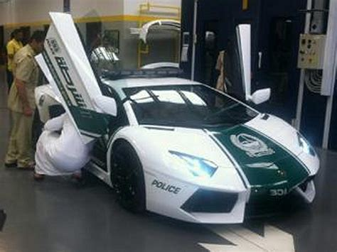 Car Of Lamborghini Dubai Gets Lamborghini Aventador Patrol Car