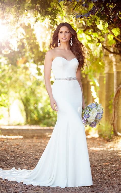 comfortable wedding dress wedding dresses comfortable strapless wedding dress