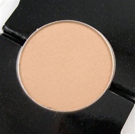 glominerals pressed base honey light kaylin s kit review glo minerals pressed base powder