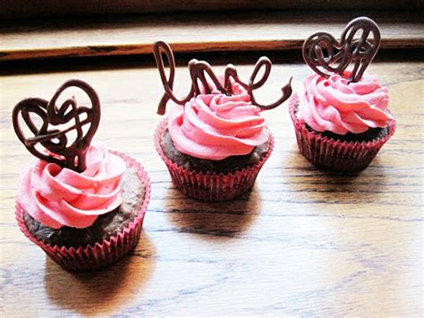 Chocolate Cupcake Decorations by Cupcake Topper Ideas Makoodle