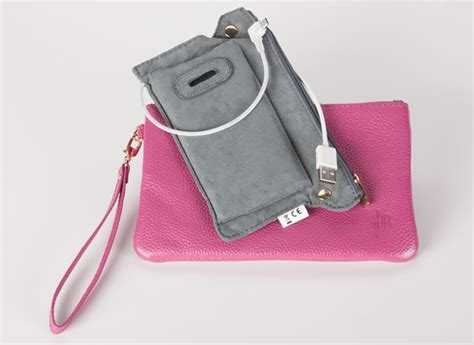Built Ny Electric Charger Bag by 5 Bags That Charge Your Smart Phone Consumer Reports