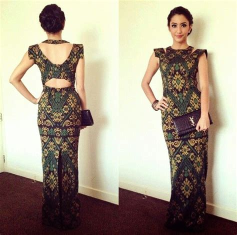 design dress batik sarawak 820 best indonesian couture images on pinterest
